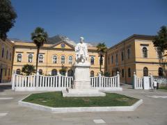Biblioteca Carrara