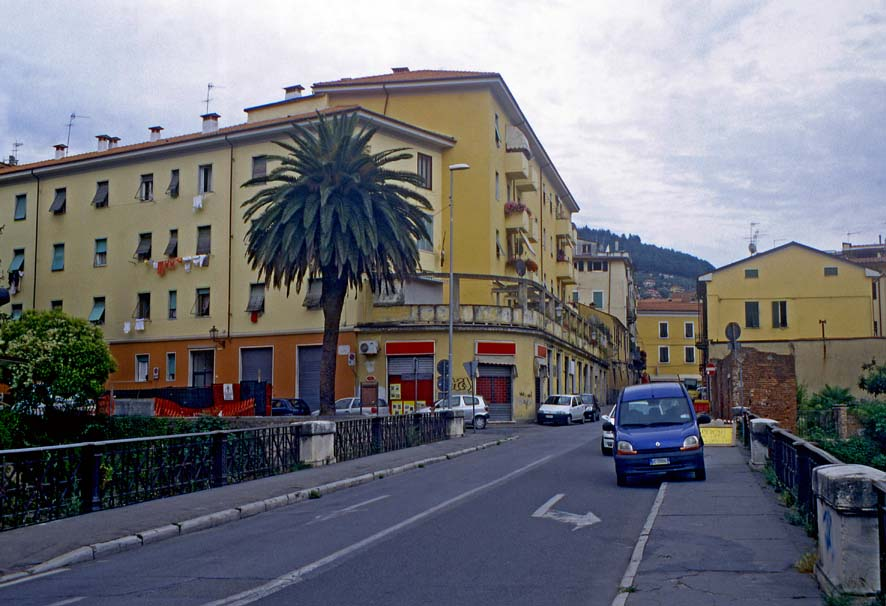 Carrara - Via Apuana