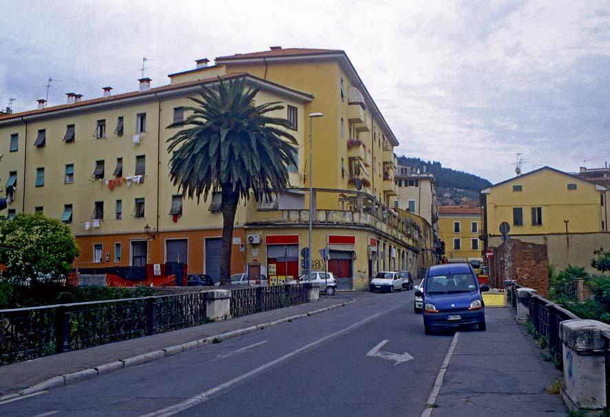 Carrara - Via Apuana