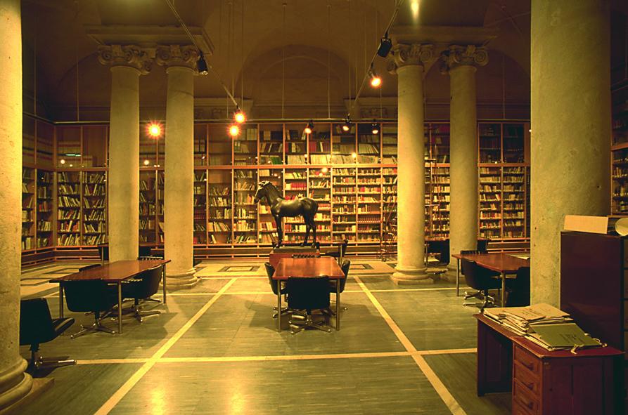 Castello Malaspina - Palazzo del Principe dei Cybo (biblioteca)