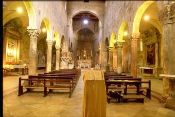 Il Duomo di Carrara - Cattedrale di S.Andrea - interno