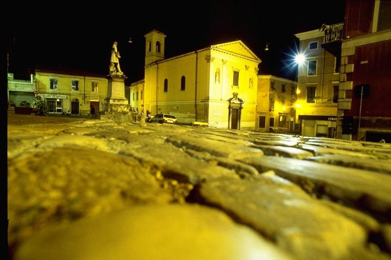 Carrara - Chiesa del Carmine